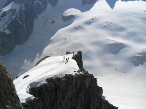 Photo: Pequeña cima sin nombre que recorreriamos a continuación. Foto AH