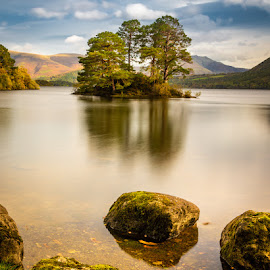 by Stephen  Barker - Landscapes Waterscapes ( lake district, derwent, island, early morning, long exposure )