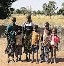 Photo: Malijczycy - mieszkańcy wioski