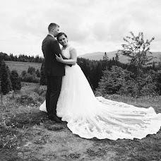 Wedding photographer Yuriy Lopatovskiy (Lopatovskyy). Photo of 02.07.2017