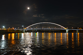 Photo: Full moon from the Danube.