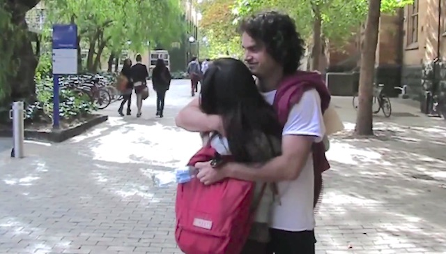 Melbourne College Inspires Students to Give Free Hugs in Psychology Classes