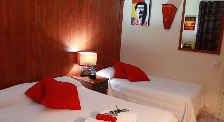 Hotel Los Globos