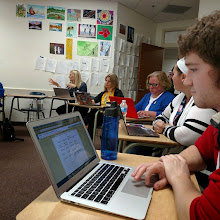 Photo: Great session sharing out amazing things happening in our classrooms! #edcampmke #edcampkaraoke by mrgfactoftheday