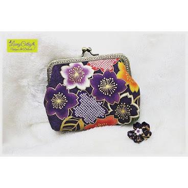 Oriental Beauty....12.5cm 紫櫻口金包 (需訂造)