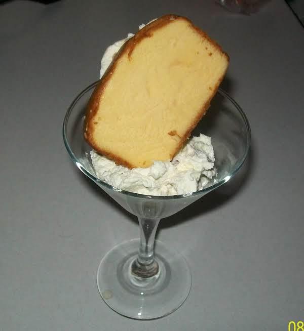White Chocolate Cream Cheese Ice Cream Sammies