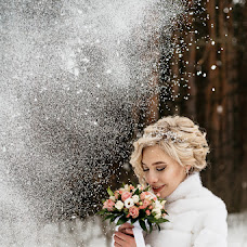 Wedding photographer Anya Piorunskaya (Annyrka). Photo of 10.03.2018