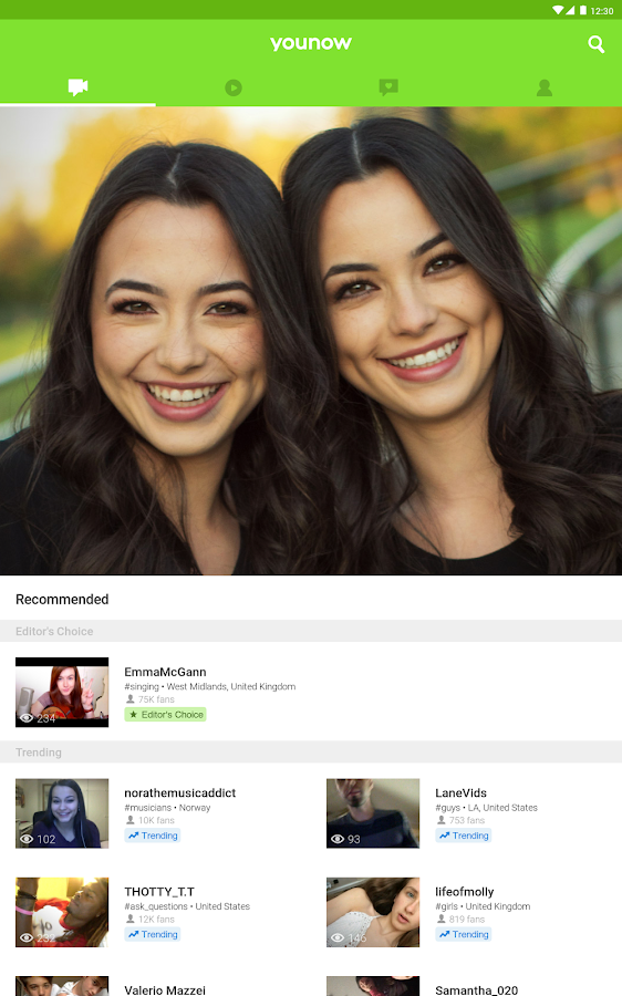 Screenshots of YouNow: Live Stream Video Chat for iPhone