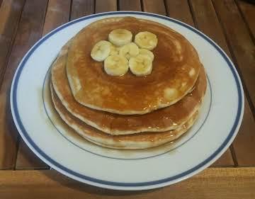 Easy Bisquick Banana Pancakes