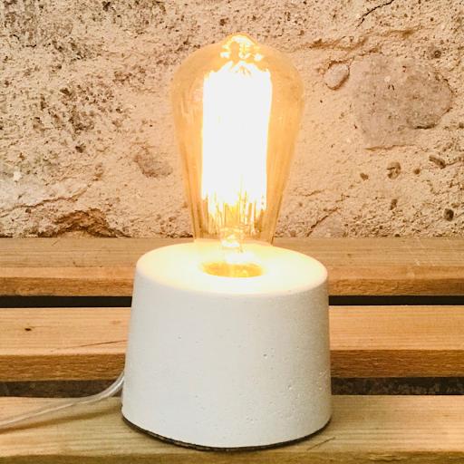 lampe béton forme cylindre coloris beige