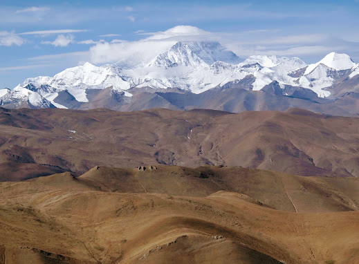Mt. Everest and the colors of Tibet.