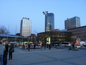 Photo: vor dem Dortmunder Hbf