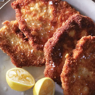 Delicious Parmesan Chicken Cutlets You Can Make In Just A Few Minutes