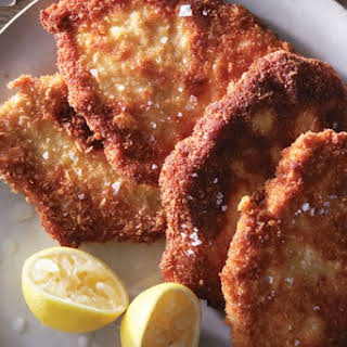 Delicious Parmesan Chicken Cutlets You Can Make In Just A Few Minutes.