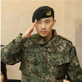 infinite sunggyu military1