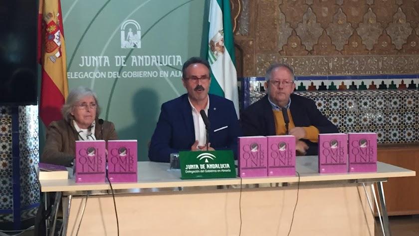 Concepción Núñez, Alfredo Valdivia y Juan José Téllez en la presentación.
