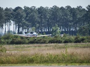 Photo: On pensait être en retard, en fait on est les premiers arrivés à Saucats, juste derrière nous se pose Philippe avec le Skyleader 200