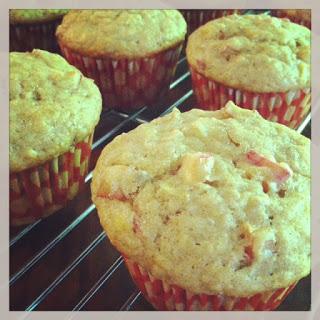 Rhubarb & Banana Muffins - Healthy
