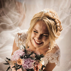 Wedding photographer Olga Borisenko (flamingo-78). Photo of 09.11.2017