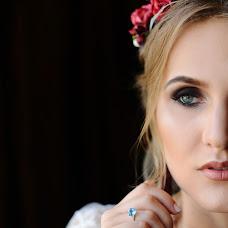 Wedding photographer Angelina Kameneva (FotKAM). Photo of 26.11.2017