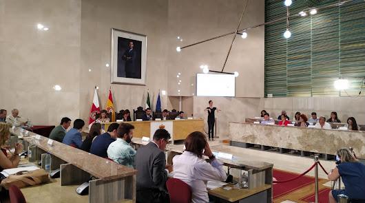 Inmigración, bloqueos a ciudadanos en Twitter y el 5G, marcan el primer Pleno