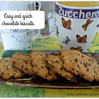 Easy, Quick Chocolate Biscuits