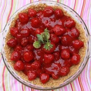 Fresh Strawberry Glace Pie