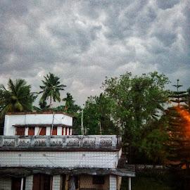 by Soumyadip Ghosh - City,  Street & Park  Neighborhoods