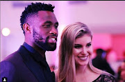 Siya and Rachel Kolisi recently celebrated two years of marriage but a clip from their wedding preparations has resurfaced to the amusement of many on social media.
