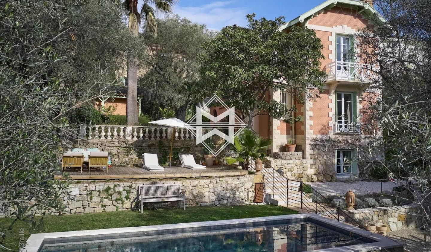 Villa with pool Le Cannet
