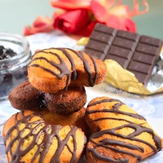 Chocolate Drizzle Cherry Jam Cakes