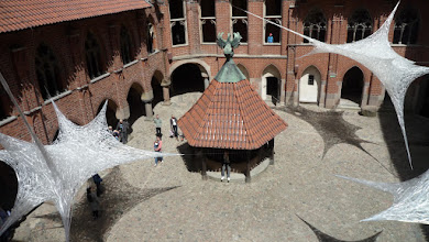 """Photo: 2017 """"Spectrum of Middle Ages"""" from """"Space Crystallization"""" cycle at High Castle Cortyard in Malbork, Poland    site-specyfic sculpture , 11,5 km cellophane line, artist: Ludwika Ogorzelec"""