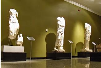 Photo: Burdur, Beelden uit de Bibliotheek van Kremna: Nemesis, Asclepios en Leto