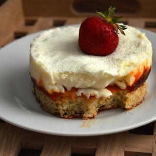 Snow White Cake .