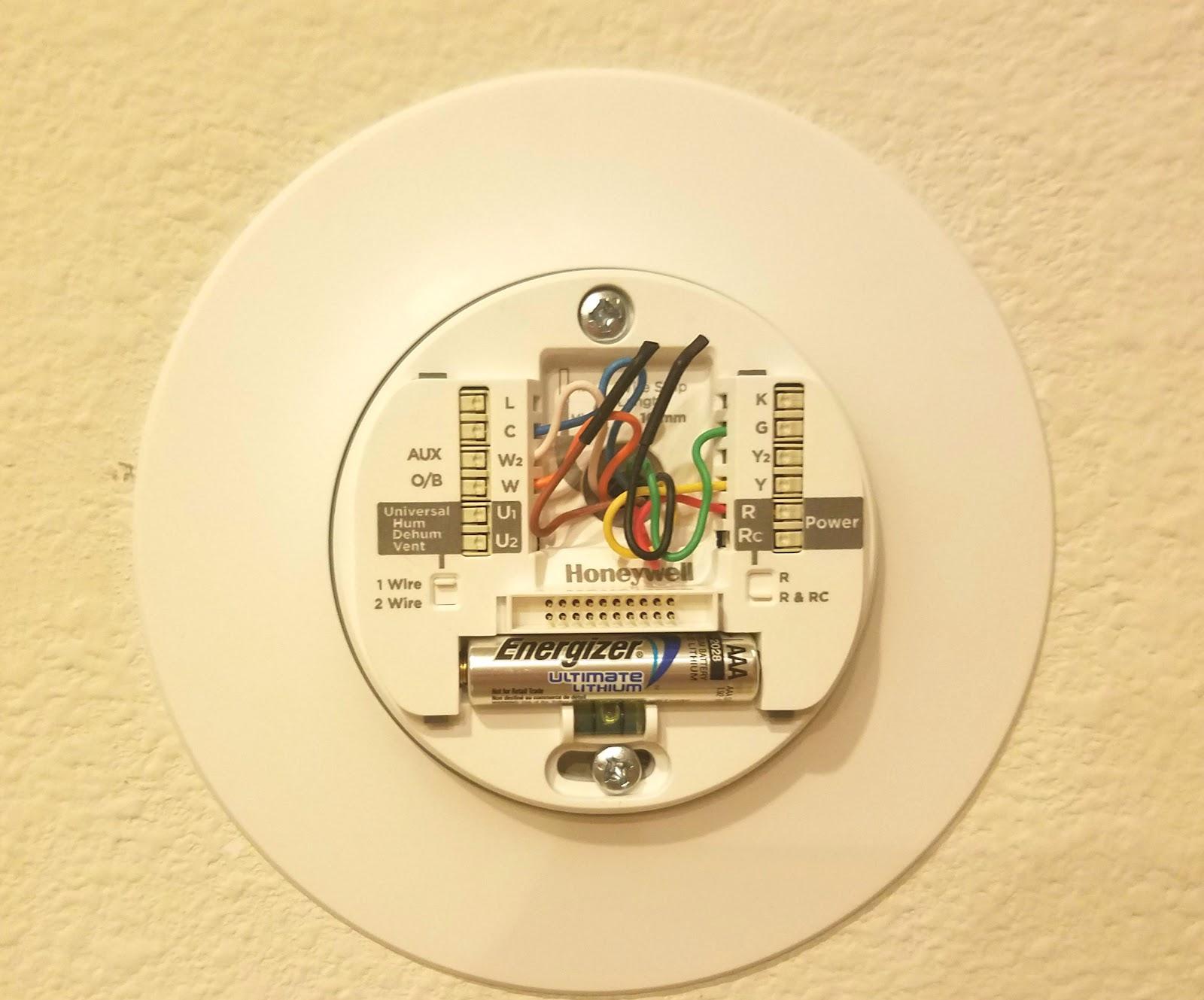 Honeywell-lyric-thermostat-9.jpg