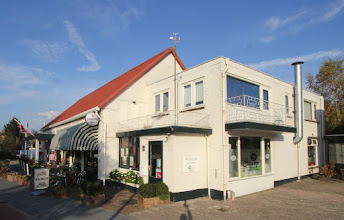 Photo: Serie Op Cafe: Cafe Stroop Bosschenhoofd. Tekst en foto's: Leon Krijnen.