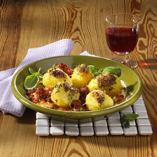 Potatoes Bolognese