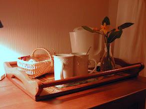 Photo: thé, café, tisane, petits gâteaux...