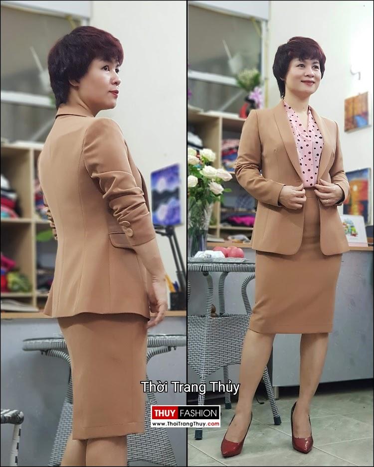Bộ áo vest nữ áo sơ mi và chân váy công sở V697 thời trang thủy hà nội