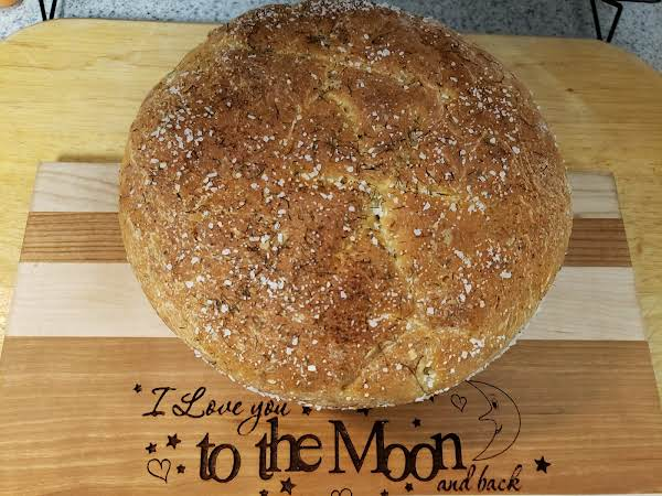 Dill and Onion Bread (aka Dilly Casserole Bread) image
