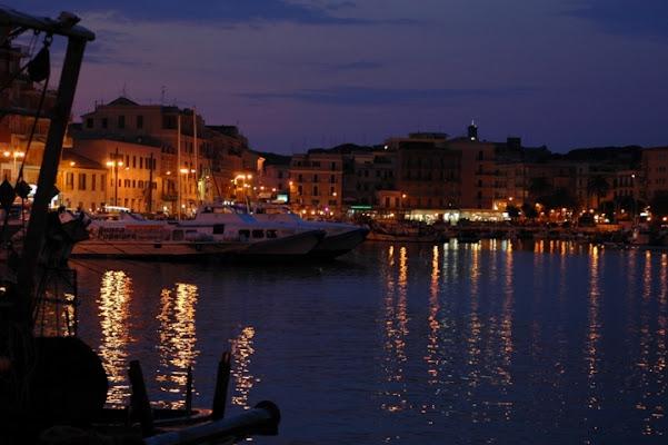 Anzio by night... di hotdrums