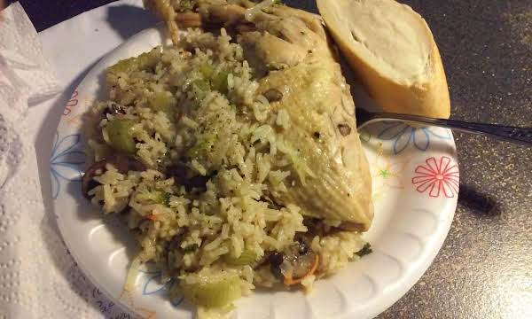 Linda's One Pot Flavorful Chicken, Vegis And Rice Recipe