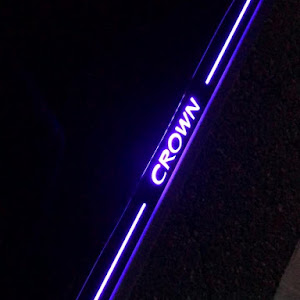 クラウンアスリート GRS200 のスカッフプレートのカスタム事例画像 Mizukiさんの2018年12月02日20:39の投稿