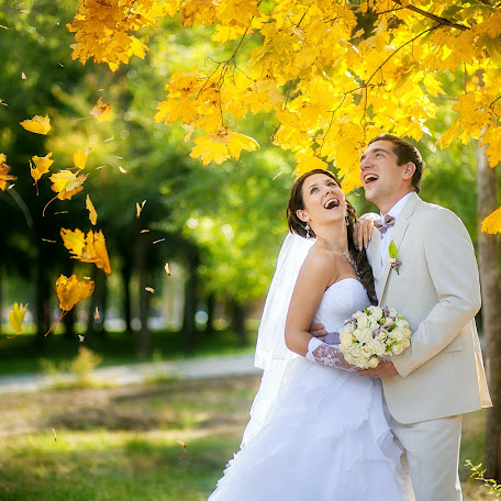 Wedding photographer Yuliya Rubleva (Sonyaart). Photo of 16.12.2014