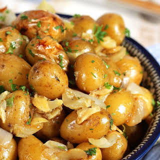 Easy Grilled Garlic Potatoes in Foil.