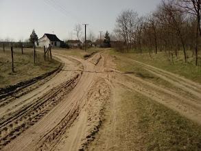 Photo: levo put za staro groblje i Skenderevo Pravo početak Zlatnog kraja i prilaz granici sa Mađarskom