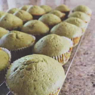 Matcha Chiffon Cupcakes