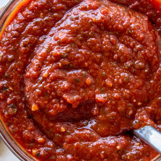 Easy No Cook Pizza Sauce.