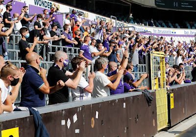 """Pro League wil tests met supporters in voetbalstadions uitvoeren: """"Play-offs met supporters"""""""