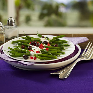Green Beans with Yogurt Drizzle